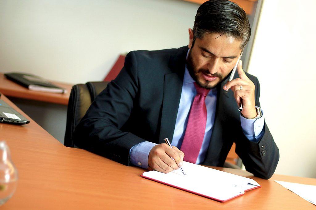 prawnik z kancelari infolini